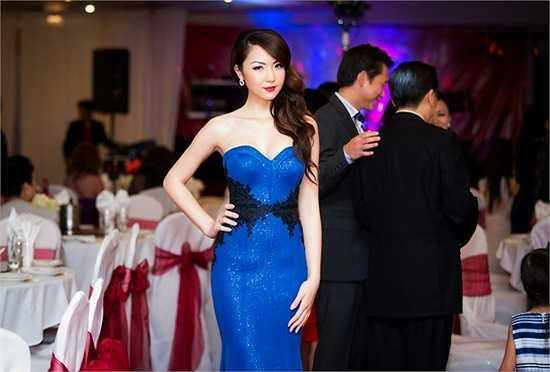 Kể từ đó, cô tập trung cho công việc học tập, làm từ thiện, lo kinh doanh giúp gia đình, có thể nói Jennifer Chung là hình mẫu hoa hậu trẻ đầy đủ về nhan sắc và tri thức.