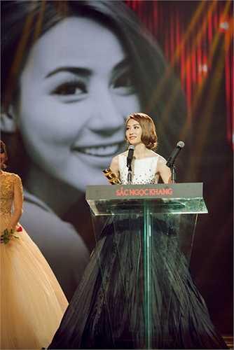 Ngân Khánh đang hy vọng, với giải thưởng diễn viên được yêu thích của HTV Awards sẽ tiếp thêm sức mạnh và thổi lên sự đam mê của cô