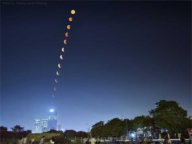 Ảnh ghép panorama toàn cảnh hai pha (từng phần, toàn phần) trong hiện tượng nguyệt thực diễn ra tối 4/4/