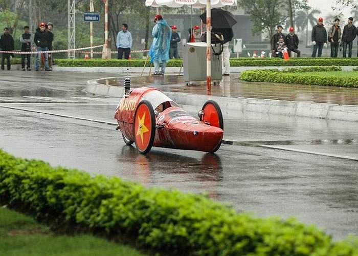 Kiểu dáng ngộ nghĩnh và siêu tiết kiệm nhiên liệu, những chiếc xe sinh thái của sinh viên Việt có thể đi hơn 1.100km/lít xăng.