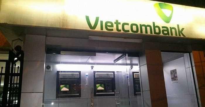 Chiều và tối ngày 5/4/2015, một số điểm giao dịch ATM của Vietcombank tại khu vực Đống Đa, Ba Đình, Thanh Xuân,... không thực hiện được lệnh rút tiền.