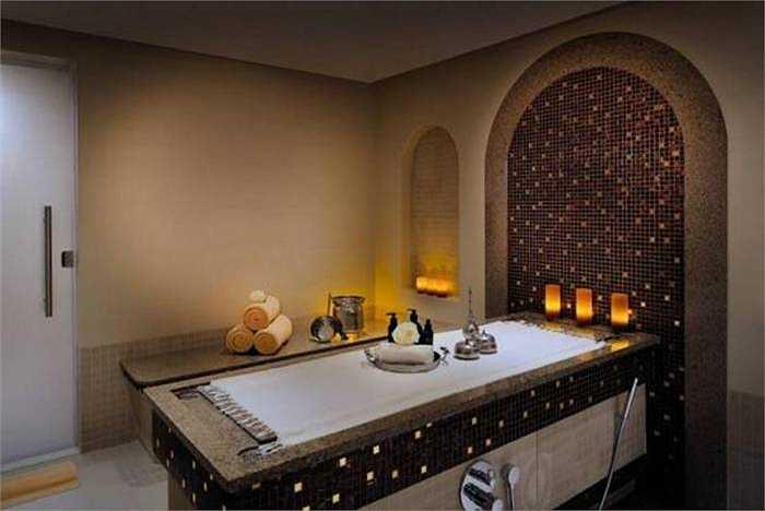 Khách sạn sân bay tốt nhất Trung Đông: Movenpick Hotel Bahrain. Khách sạn 5 sao này có đủ tiện nghi để đáp ứng một địa điểm nghỉ ngơi cho người bận rộn ngay tại sân bay