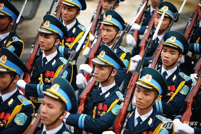 Các chiến sỹ trong đội danh dự