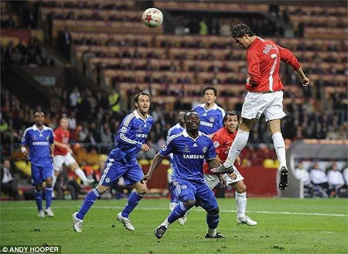 Ghi bàn vào lưới Chelsea ở chung kết Champions League năm 2008 nhưng đó cũng là bàn duy nhất của Ronaldo vào lưới The Blues trong suốt 15 lần chạm trán