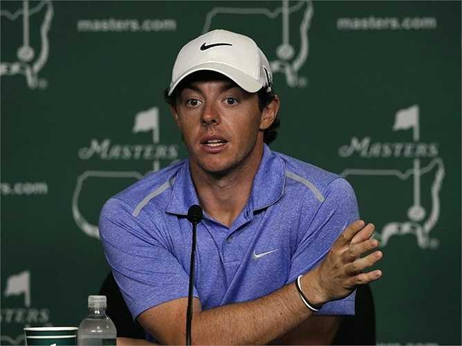 Một số tờ báo lá cải ở Anh tiết lộ, Rory từng  chi 2 triệu USD mua một chiếc xe Bugati
