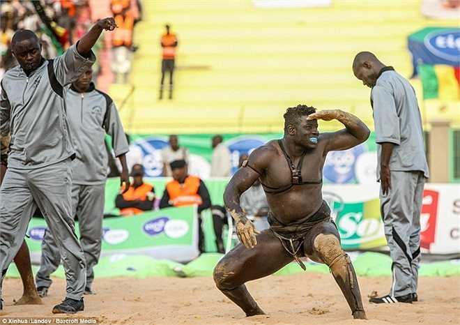 Phần thưởng của trận chung kết có thể lên tới 200.000 USD.