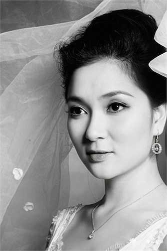 Nguyễn Thị Huyền của năm 2014 có những đường nét gương mặt thon gọn hơn.
