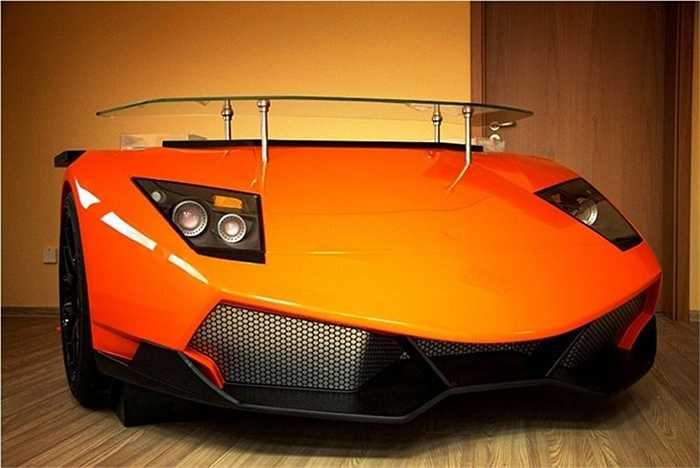 Hầu hết người hâm mộ xe đều không thể mua một siêu xe cỡ Lamborghini Murcielago SV. Tuy nhiên, họ có thể mua sản phẩm mang hình dáng siêu xe để thỏa mãn cơn nghiền.