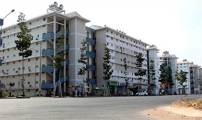 Dự án nhà ở xã hội ở Bình Dương vừa hoàn thiện giai đoạn 1. Chủ đầu tư đã tiến hành bàn giao 4.895 căn hộ cho người dân. Trong ảnh là khu dân cư Hòa Lợi, với 2.435 căn hộ, có diện tích từ 30 đến 60 m2.