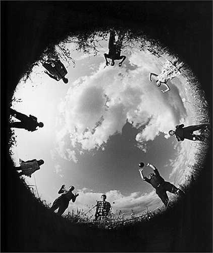 'Chúng tôi chơi bóng chuyền'. Lev Borodulin, 1965.