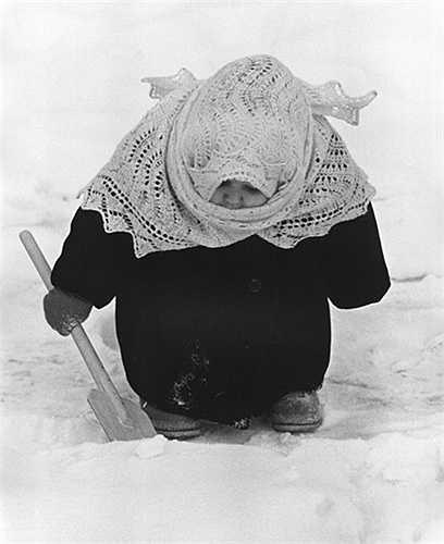 'Bà cụ non', Vladimir Lagrange, 1961.