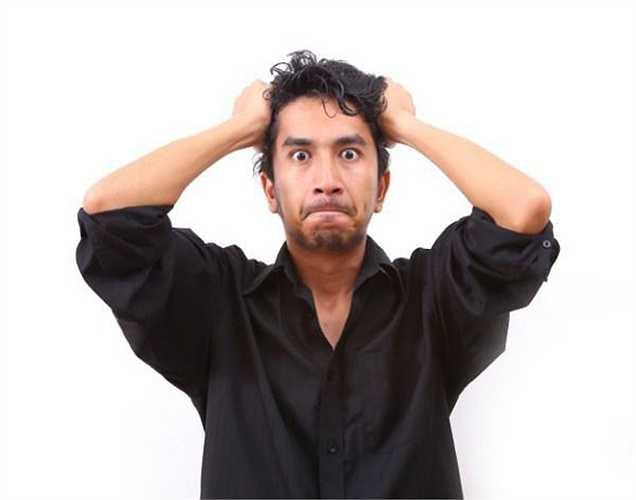 Nhức đầu: Tình dục có thể gây ra chứng đau nửa đầu dữ dội ở nam giới và nữ giới. Có hai loại đau đầu: Loại 1 là trước cực khoái, hưng phấn tình dục gây áp lực, và loại 2 là nhức đầu sau khi cao trào.