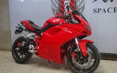 Wonjan WJ 300 GS – Phiên bản nhái giá rẻ của siêu mô tô Ducati 1198