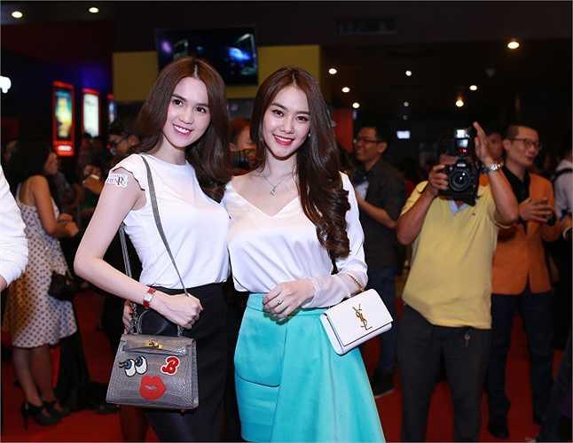Ngọc Trinh và Linh Chi rạng rỡ tham dự buổi ra mắt phim Thám tử Hên - ry