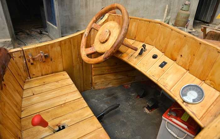 Vô lăng bằng gỗ