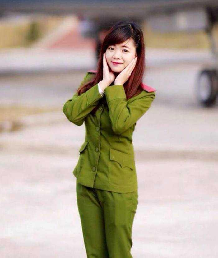 Nữ sinh cảnh sát Ánh Nguyệt