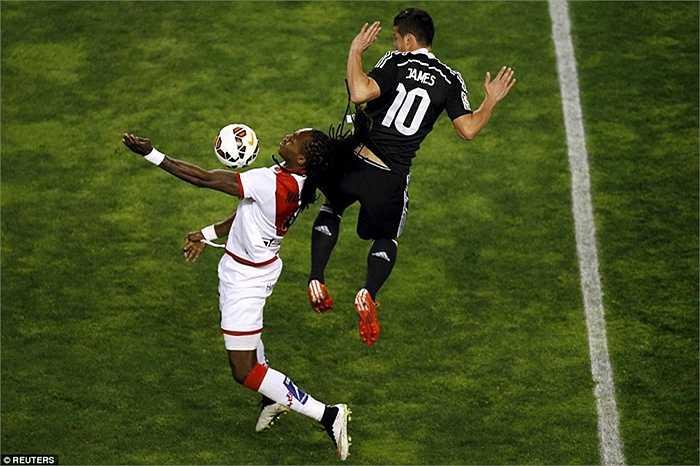 Cũng trong trận đấu với Rayo Vallecano, James Rodriguez là người ấn định chiến thắng 2-0 cho đội khách