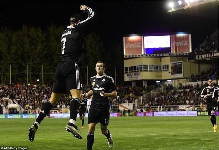 Nếu tiếp tục khoác áo Real Madrid ở mùa giải tới, khả năng Ronaldo vượt người đàn anh là rất lớn