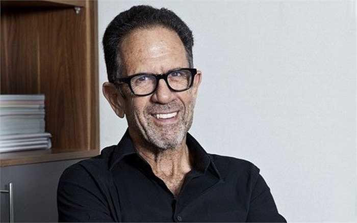 Tỷ phú đầu tư vào Cam Ranh là một doanh nhân có tiếng trong lĩnh vực bất động sản thế giới. Igal Ahouvi (ảnh) làm chủ đầu tư dự án Khu du lịch Vịnh Thiên đường (ALMA) ở Cam Ranh khởi công vào năm ngoái, với tổng vốn đầu tư 300 triệu USD (hơn 6.500 tỷ đồng).
