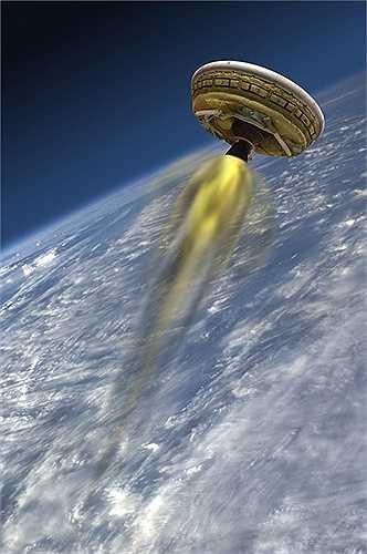 Con tàu vũ trụ được thiết kế hình đĩa bay. NASA thực hiện thành công chuyến bay thử nghiệm đầu tiên năm ngoái và dự định tiến hành hai chuyến bay khác trong năm nay.