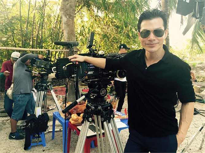 Là tay ngang trong điện ảnh nhưng Trần Bảo Sơn gặt hái được rất nhiều thành công.