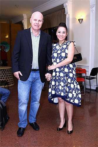 Nhìn nụ cười viên mãn của Thu Minh bên chồng tây tỷ phú, không ít người phải trầm trồ ngưỡng mộ cuộc sống hiện tại Thu Minh đang có.