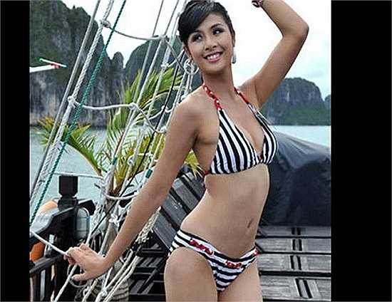 Người ta đồn rằng do cô là học trò cưng của NTK Minh Hạnh, trưởng BGK cuộc thi Hoa hậu Việt Nam năm Ngọc Hân đăng quang, nên cô mới có thể đạt được ngôi vị hoa hậu