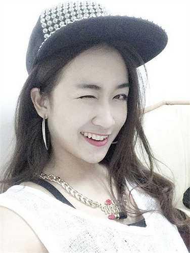 Những bức ảnh selfie đẹp của nữ DJ xinh đẹp và tài năng.