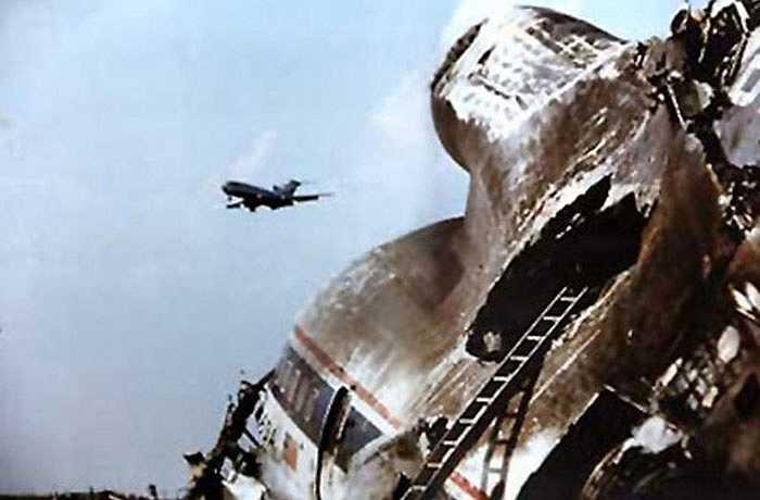 Trong khi sự kết nối con số với các thảm họa được cho là sai lầm thì những con số này vẫn gây sự sợ hãi. Từ những năm 1960, 5 máy bay riêng biệt mang số hiệu 191 đã bị rơi. Kể từ đó, số 191 không còn được sử dụng trong các chuyến bay của hãng hàng không Delta và American.