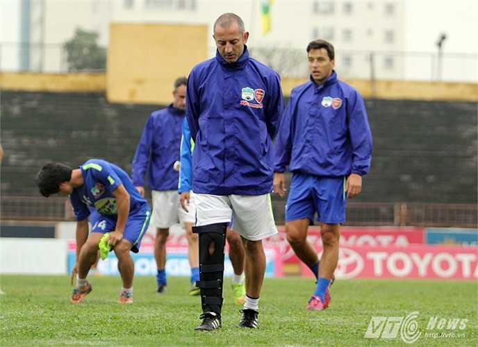 Ông để lại nhiều dấu ấn khi dẫn dắt U19 Việt Nam tham dự các giải khu vực và châu lục 2 năm vừa qua.