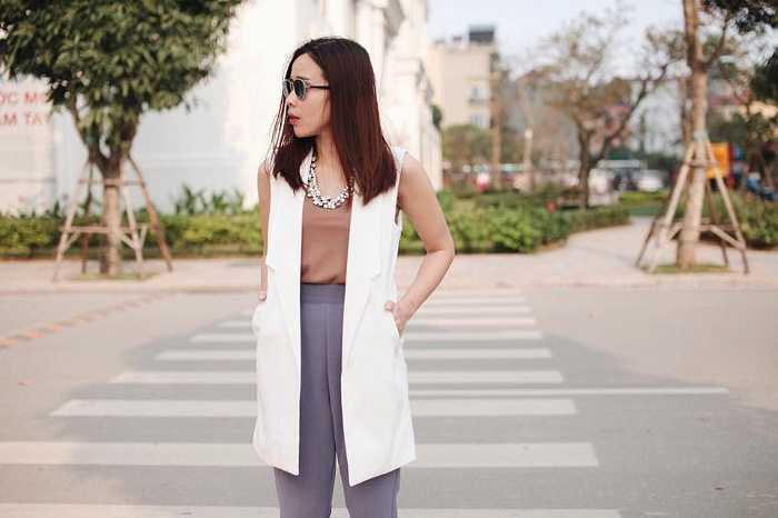Lưu Hương Giang sành điệu xuống phố.