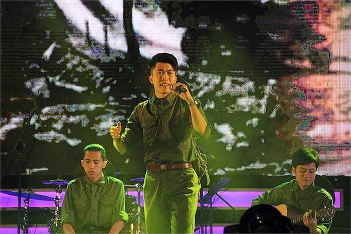 Tuy nhiên, đối với tiết mục này, nhạc sỹ Huy Tuấn nhận xét: '2 bạn hát song ca chưa hòa hợp và trọn vẹn lắm, tôi chờ đợi một sự kết hợp tốt hơn'.
