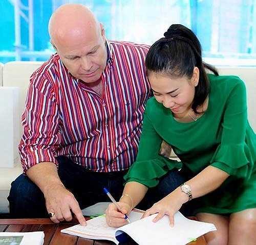 Mới đây, Thu Minh khiến công chúng sửng sốt khi cùng chồng mạnh tay mua tới hai căn penthouse trong một khu căn hộ đắt nhất Sài Gòn