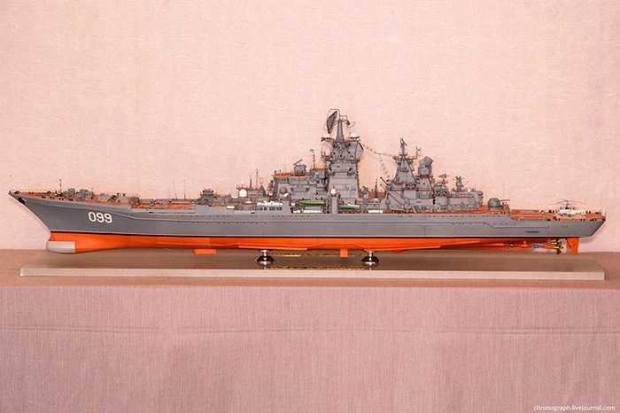 Mọi chi tiết trên chiến hạm nổi tiếng đều được làm như thật.