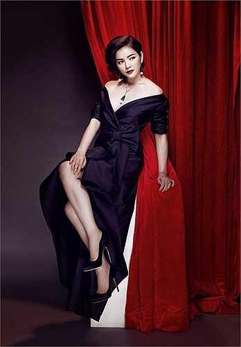 Từ khi chuyển sang phong cách quý tộc, hình ảnh của cô đẹp hơn trong mắt công chúng.