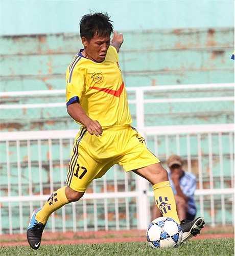Cựu danh thủ của bóng đá Quảng Ngãi - Tạ Mạnh Thôi. (ảnh: Hoàng Tùng)