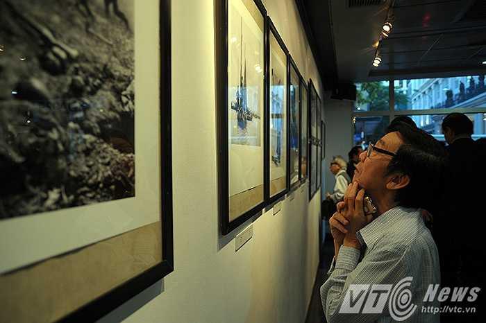 Triển lãm ảnh 'Phóng viên chiến trường' được mở cửa miễn phí và sẽ kéo dài đến hết ngày 10/5