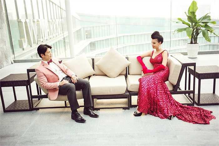 Bên cạnh Dustin Nguyễn lịch lãm, Bebe Phạm xinh đẹp, quý phái.