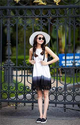 Phong cách thời trang ngày càng được đánh giá cao của Trà Ngọc Hằng.
