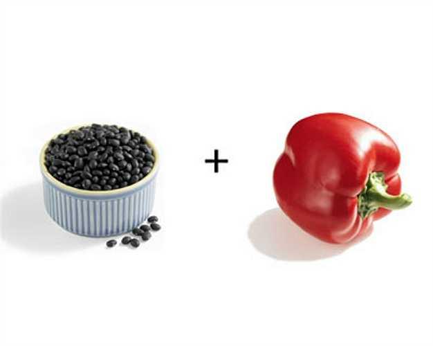 Đậu đen + ớt chuông đỏ: Đậu đen chứa nguồn sắt dồi dào cho cơ thể nhưng nó rất khó hấp thụ. Nhờ có vitamin C trong ớt chuông đỏ cơ thể có thể hấp thụ sắt gấp 6 lần bình thường.