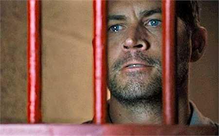 Trong phần 6, Brain đã phải vào tù nhằm moi thông tin từ phía Braga về Letty. Khi Braga nói tai nạn của Letty là lỗi của Brian, anh rơi nước mắt và nói 'Mày thật may mắn khi có song sắt ngăn giữa chúng ta'. Sau đó, Brian đã hạ Braga và trở về nhà.