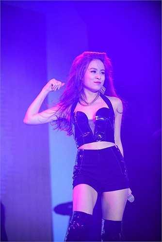 Hoàng Thùy Linh đang được coi là một dấu ấn mới của dòng nhạc dance tại Vpop.
