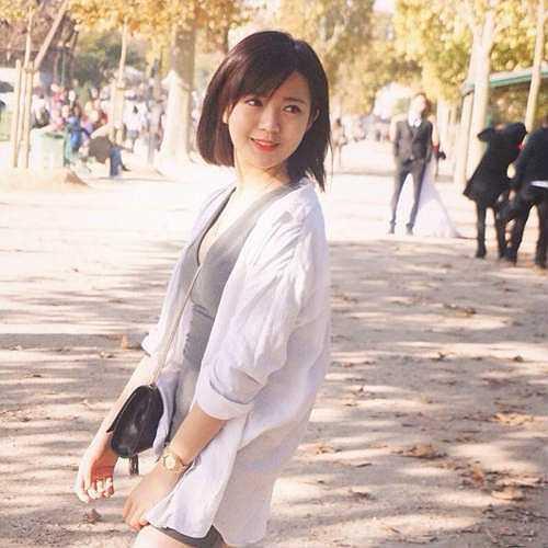 Tú Linh đang được mời làm đại diện hình ảnh cho game quản lý chiến thuật bóng đá sắp ra mắt