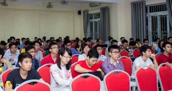 Các học viên tham gia vào khóa đào tạo phi lợi nhuận I-GAIN!