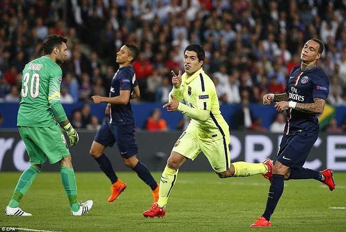 Ghi 3 bàn trên sân khách, Barca gần như đặt 1 chân vào bán kết