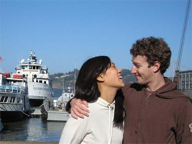 Priscilla Chan – Phu nhân nhà sáng lập Facebook, Mark Zuckerberg: Chan hiện đang tham dự khóa đào tạo chuyên khoa nhi tại Đại học California, bang San Francisco. Mặc dù kết hôn với một trong những người giàu nhất thế giới, nhưng đám cưới của cô và Zuckerberg tổ chức rất đơn giản, không phô trương. Cặp đôi này cũng tích cực tham gia các hoạt động từ thiện trong lĩnh vực giáo dục và y tế.