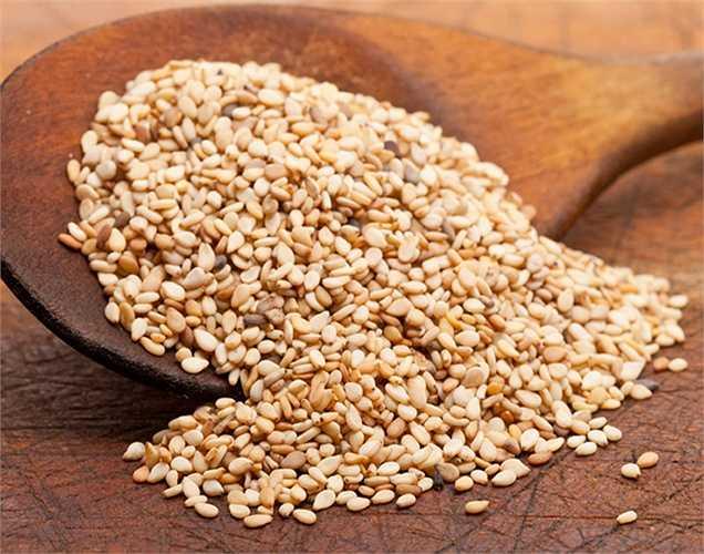Hạt vừng: giàu chất kẽm, tốt cho tuyến tiền liệt, việc uống bổ sung chất kẽm không tốt bằng cách ăn bổ sung hạt vừng để tăng cường thêm chất kẽm.
