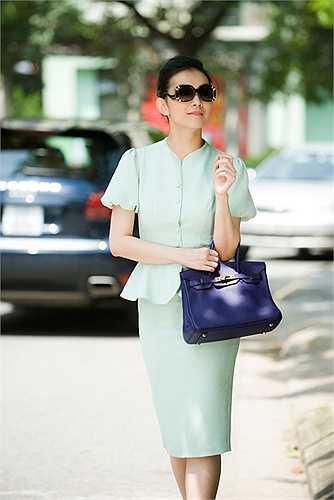Hoa hậu Thùy Lâm hiện đang điều hành công việc kinh doanh cho gia đình nhà chồng. Cô chưa có ý định đi hát hoặc đóng phim.