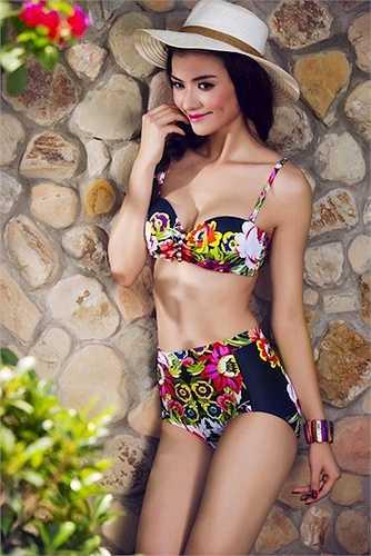 Vào hè, những mẫu áo tắm mang hơi hướng vintage xuất hiện rất nhiều trên thị trường thời trang