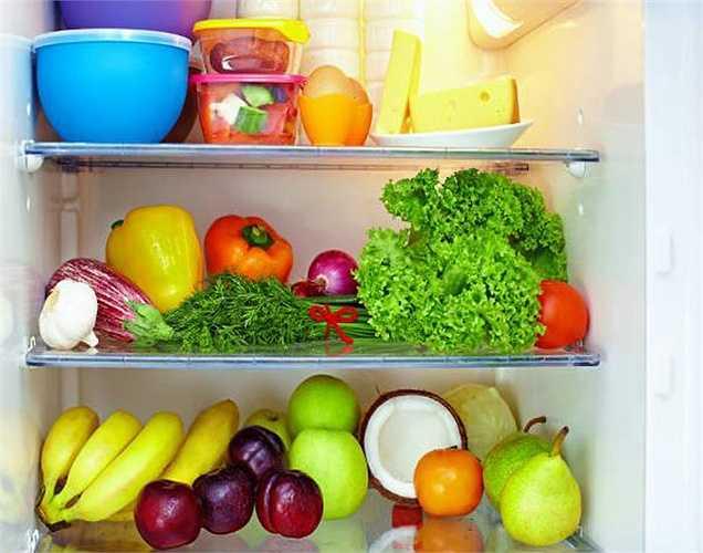Lưu trữ thịt: Nên để thực phẩm chín riêng và thực phẩm sống riêng, để trong hộp kín.